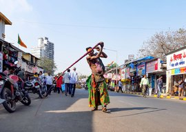 Whipping and worship on Mumbai's streets