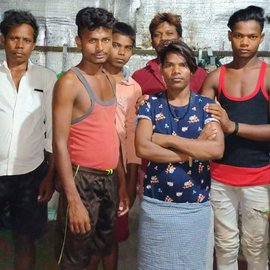 When their wages stopped and then food ran out, workers from Gaya, Bihar, employed in restaurants in Varanasi, made their slow way home – while others from the district remain stranded in faraway Tamil Nadu