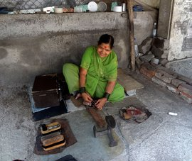 Mending soles: 'I repair what is broken'