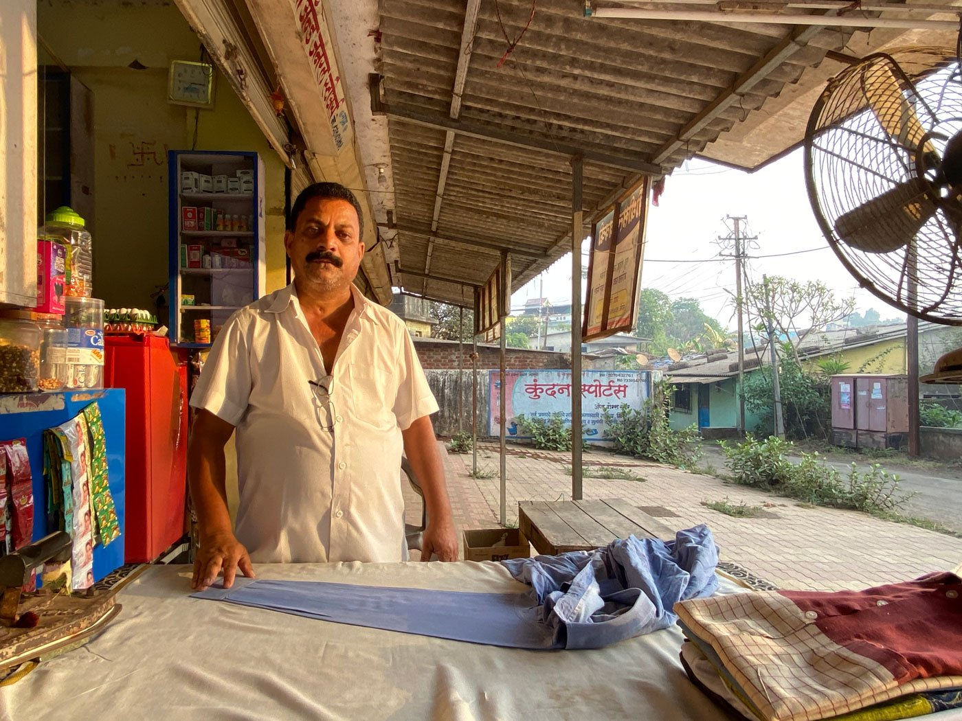 For families in Vada town of Palghar district who make a living by ironing clothes, the Covid-19 lockdown has reduced  daily incomes to a trickle. Many are struggling to procure rations and seeking other work