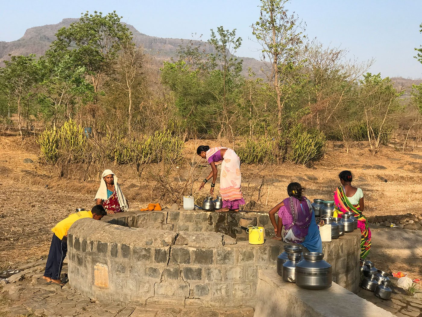 Women gathered near the well i.e 3km away from Galtare to collect water