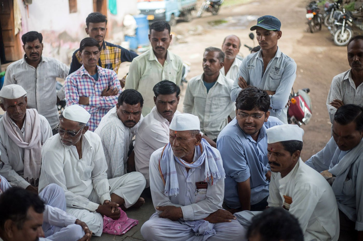 Farmers in Karajgaon