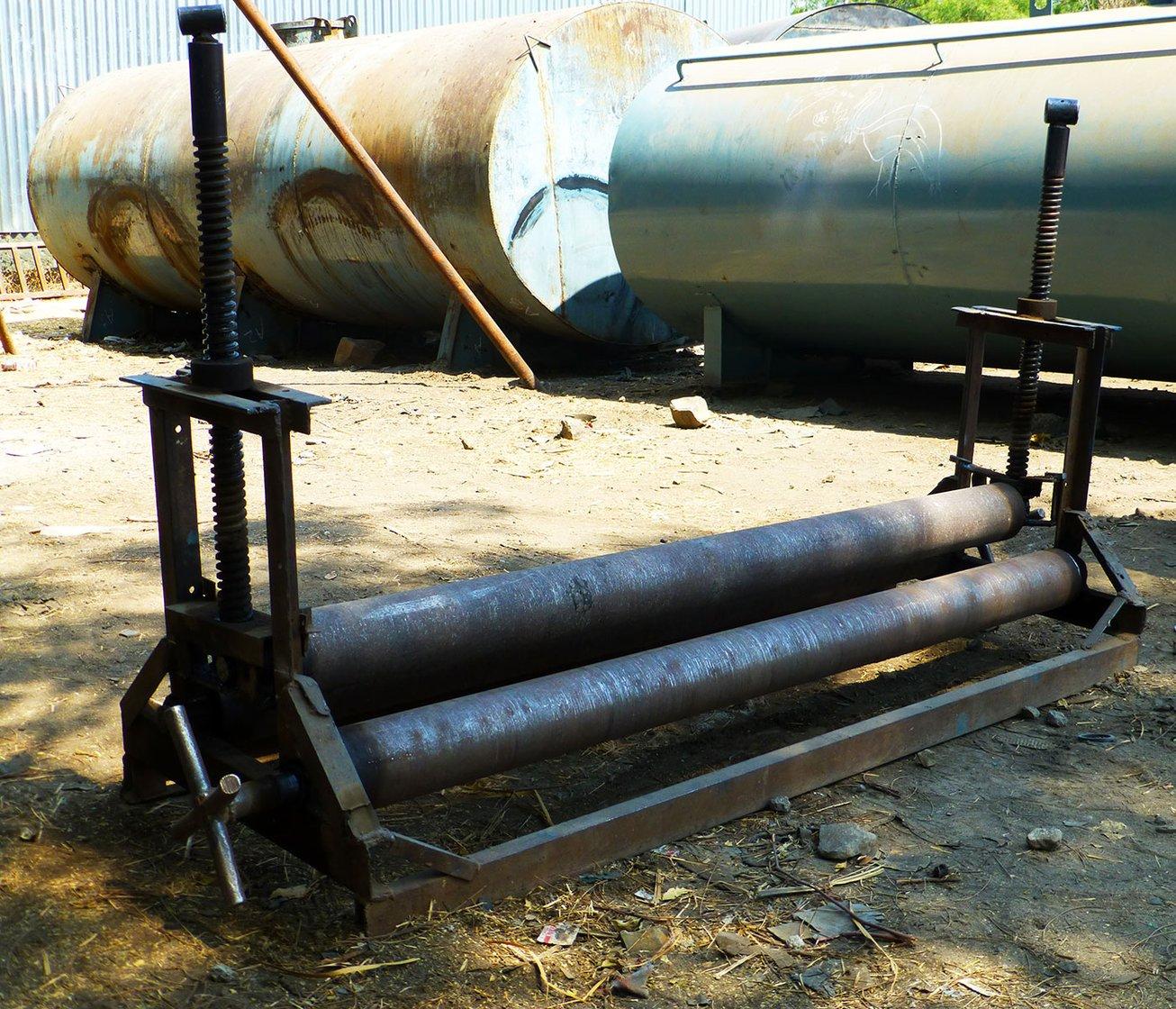 02-Melawane-rolling-machine-Rahuri-P1010546(Crop)-PS-Tankers and the Economy of Thirst.jpg