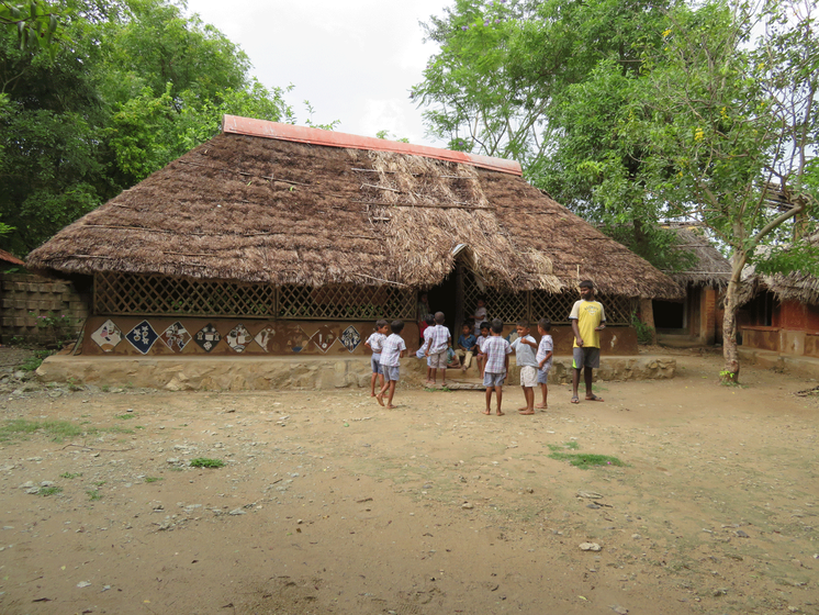 Children at the Thulir primary school