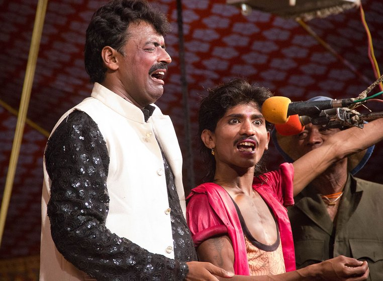Kiran Bade (centre) cracks a joke during a performance with Nitin Bansode, Mummy's younger son