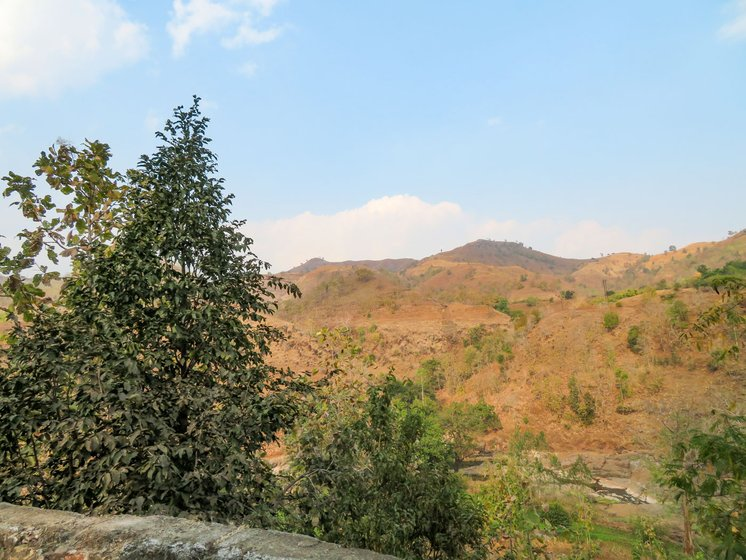Many Adivasi families live in the hilly region of Dhadgaon