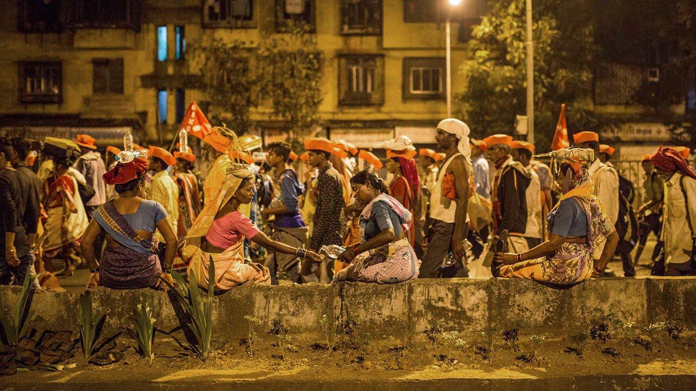 Midnight walk to Azad Maidan