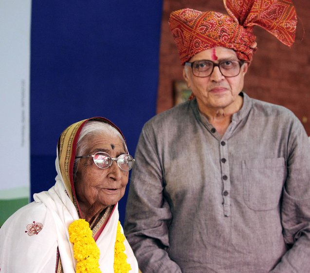 Hausatai (left) and Gopal Gandhi