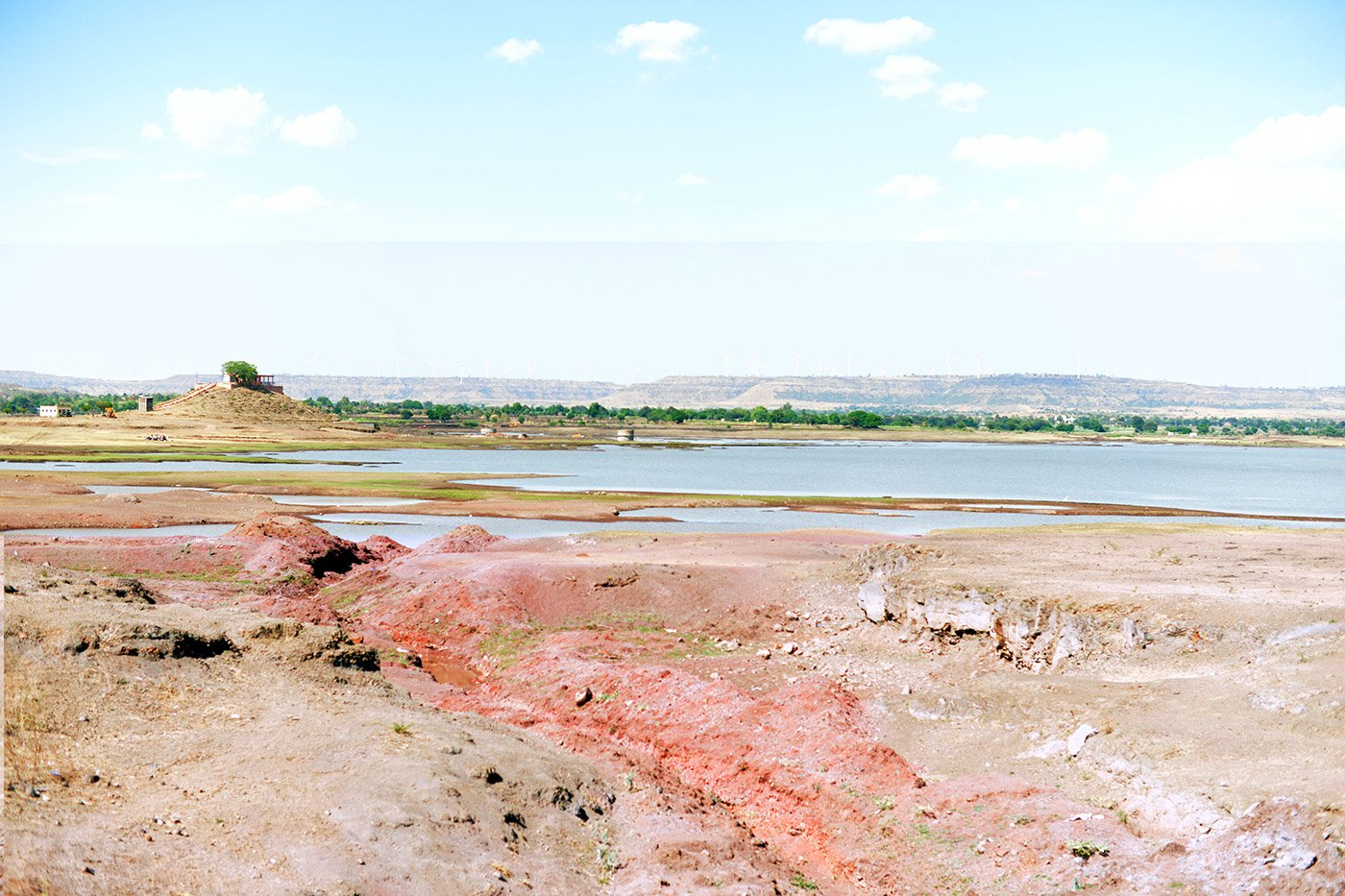 Dried up lake