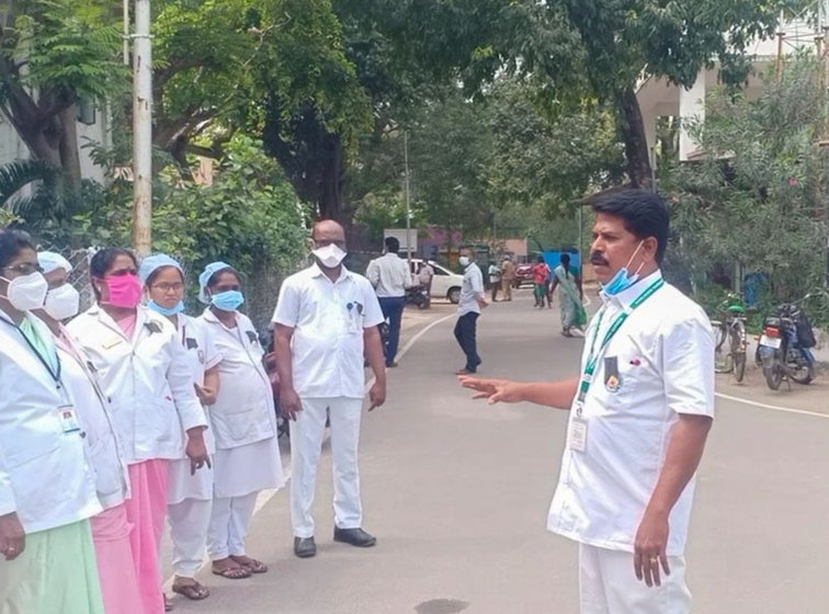 Nurses protesting at the Kallakurichi hospital (left) and Kanchipuram hospital (right); their demands include better salaries