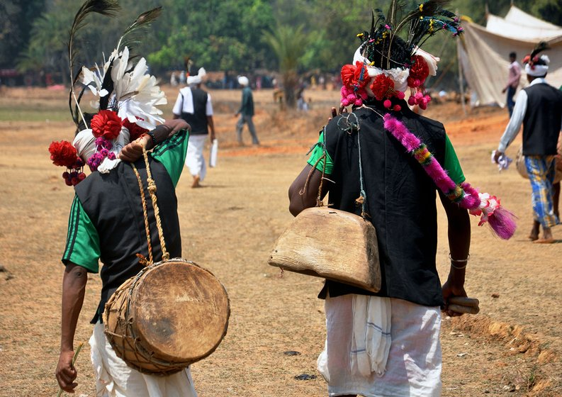 Adivasi dancers and musical troupes from different parts of (Uttar Bastar)