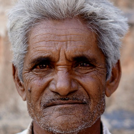 ARJANBHAI ARSHIBHAI  is a Marginal farmer from Jujharpur, Junagadh, Gujarat