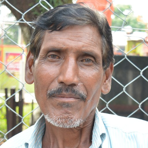 BUDDHIMAN DURAL is a Labourer from Sukna, Kurseong, Darjeeling, West Bengal