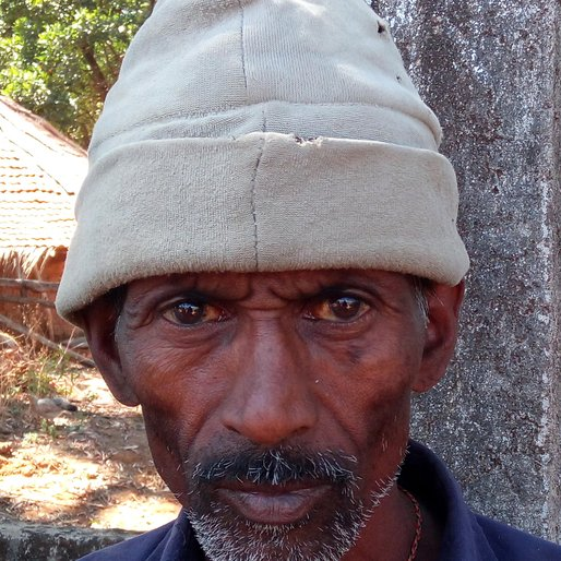 LAXMAN ZILU NAIK is a Unemployed labourer from Chaukul, Sawantwadi, Sindhudurg, Maharashtra