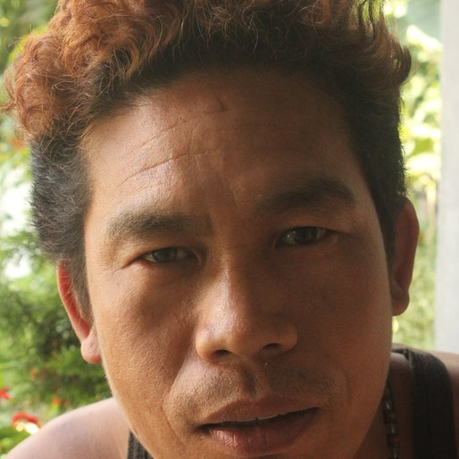 KIRAN GURUNG is a Tiles' worker from Yokprintam Khasmahal, Kalimpong I, Kalimpong, West Bengal
