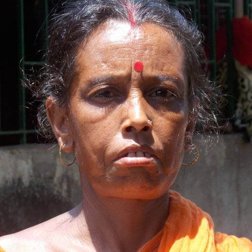 REKHA JANA is a Homemaker and daily wage worker from Kulbatpur, Pursurah, Hooghly, West Bengal