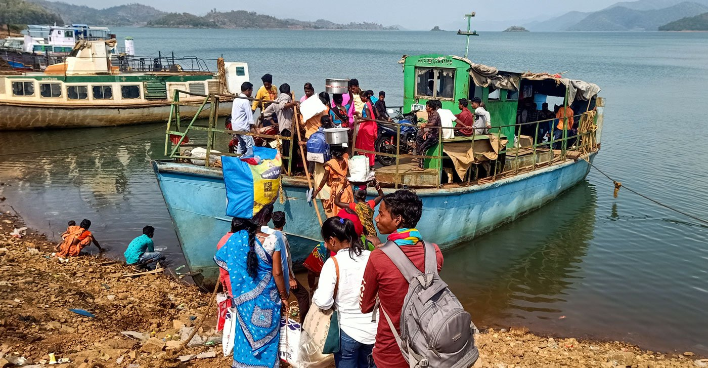 To help Praba Golori (left) with a very difficult childbirth, the nearest viable option was the sub-divisional hospital 40 kilometres away in Chitrakonda – but boats across the reservoir stop plying after dusk