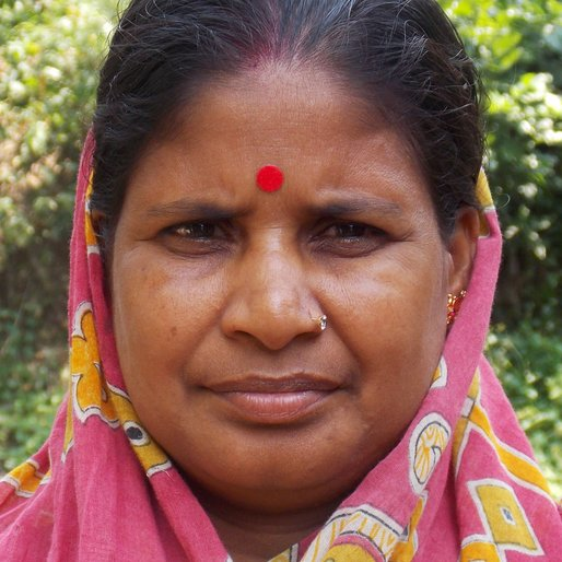 CHAMPARANI DEY is a Homemaker from Mosat, Chanditala I, Hooghly, West Bengal