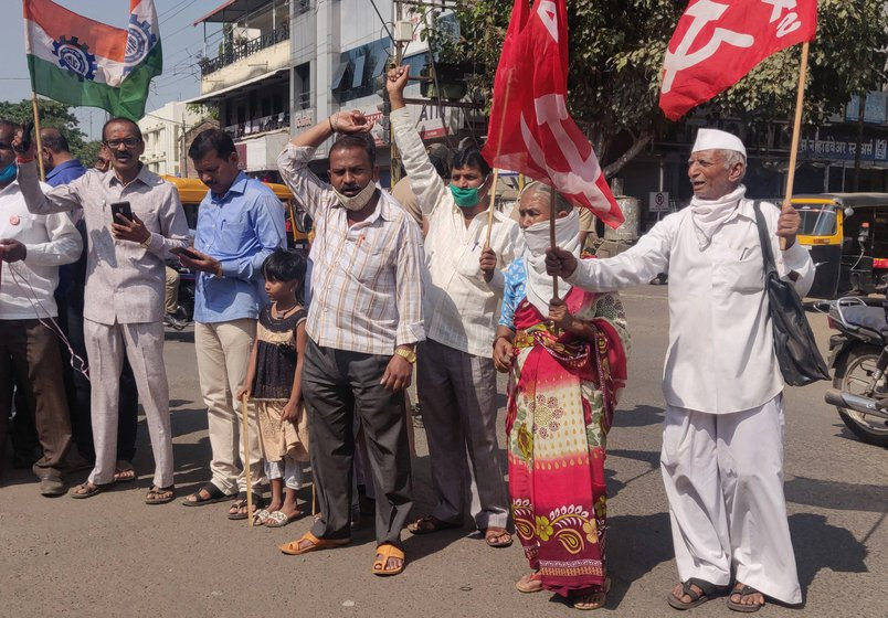 Left: Farmers at the sit-in protest in Mumbai's Azad Maidan. Right: Narayan (wearing a cap) and others from Shirol taluka at a protest rally in Ichalkaranji town