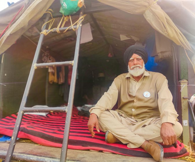 'The cars keep going back and forth from here to our villages. If four people are dropped there, four others come back in the same car', says Sabaran Singh