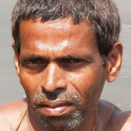 UMESH BOIEKAR is a Fisherman from Navelim (formerly Divar), Tiswadi, North Goa, Goa