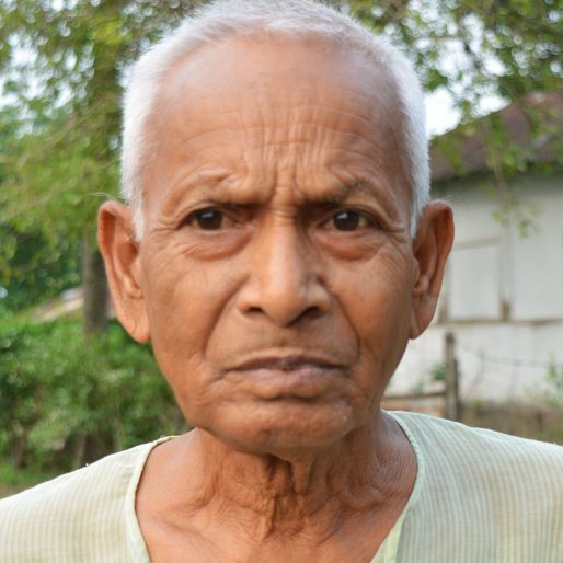 DULAL SARKAR is a Tea garden worker (now retired) from Sona Chandi, Kharibari, Darjeeling, West Bengal
