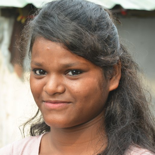 Rina Majhi is a Student (Class 8) from Sukna, Kurseong, Darjeeling, West Bengal