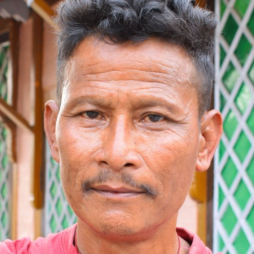 VINOD MAJHI is a Unemployed from Sukna, Kurseong, Darjeeling, West Bengal