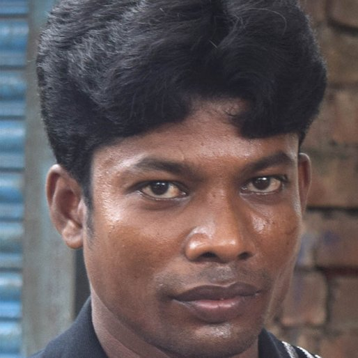 Abdul Khan is a Farmer from Haldar Para, Budge Budge-II, South 24 Parganas, West Bengal