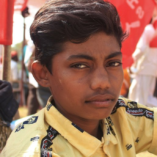 Ankur Dadawi is a Student (Class 9), and since the Covid-19 lockdown works on his family's farm from Dhanpur, Talode, Nanadurbar, Maharashtra