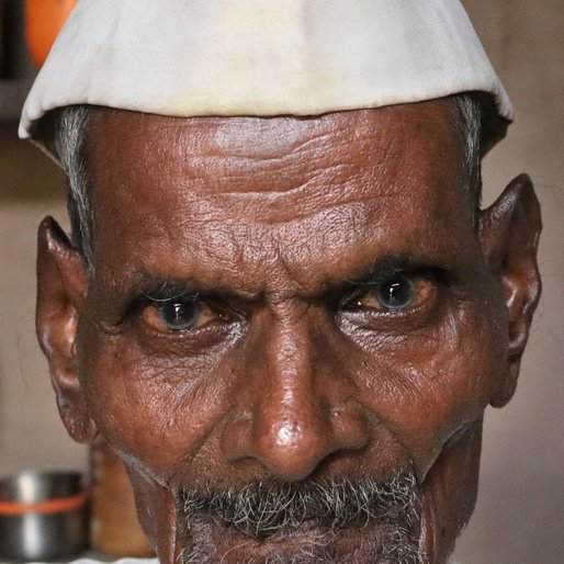 Annappa Sutar is a Carpenter from Savarde, Hatkanangale, Kolhapur, Maharashtra