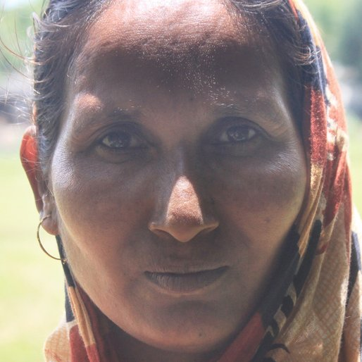 Astabala Dolui is a Wage labourer from Chakrapur, Khanakul-I, Hooghly, West Bengal