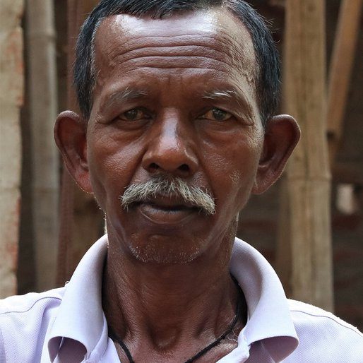 Bharata Mahali is a Former labourer (has a disability) from Dhangheri, Saraskana, Mayurbhanj, Odisha