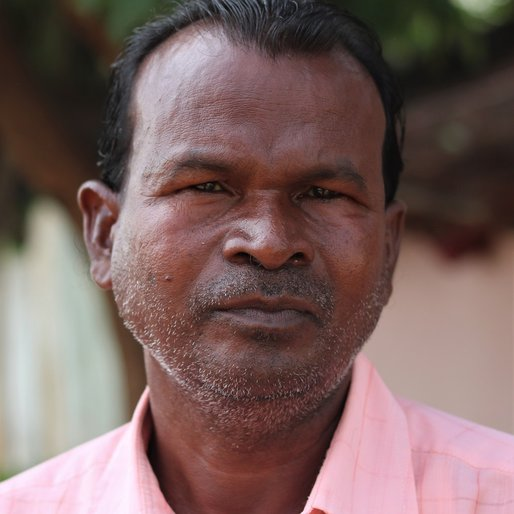 Bisoumbhara Bindhani is a Daily wage labourer from Basingi, Bahalda, Mayurbhanj, Odisha