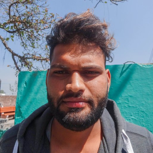 Kamal Saini is a Farmer and hairdresser from Baloch Pura, Pehowa, Kurukshetra, Haryana