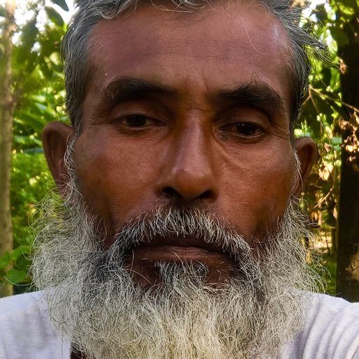 DOBI SHEIKH is a Agricultural labourer from Haripur, Karimpur I, Nadia, West Bengal