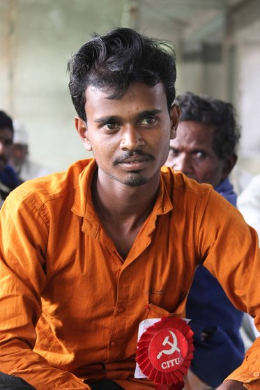 Mayur Dhengdhe from Maregon village of Vani taluka is studying for his BA Final year through Open University