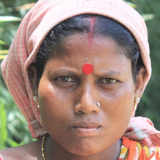Durjodhan Bauri is a Wage labourer from Chakrapur, Khanakul-I, Hooghly, West Bengal