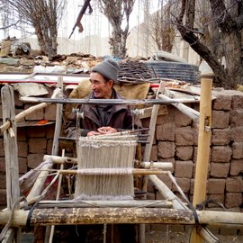 Tsering and his loom