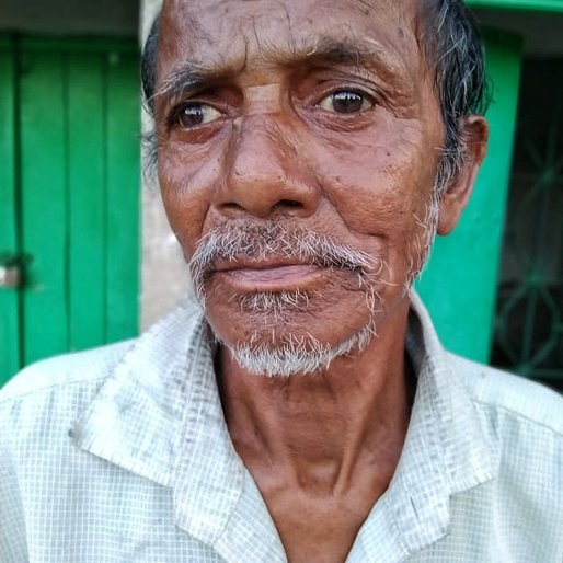 Foni Mandal is a Agricultural labourer from Rajat Jubilee, Gosaba, South 24 Parganas, West Bengal