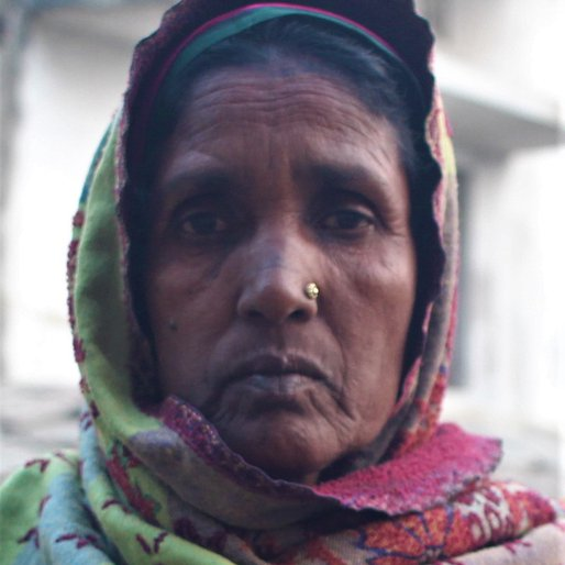 Gogli Devi is a Farmer (cultivates wheat, paddy and mustard) from Rasulpur, Daraundha, Siwan, Bihar
