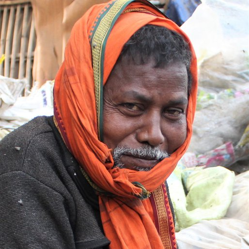 Hariya Mehto is a Waste worker from Patna (town), Patna, Patna, Bihar