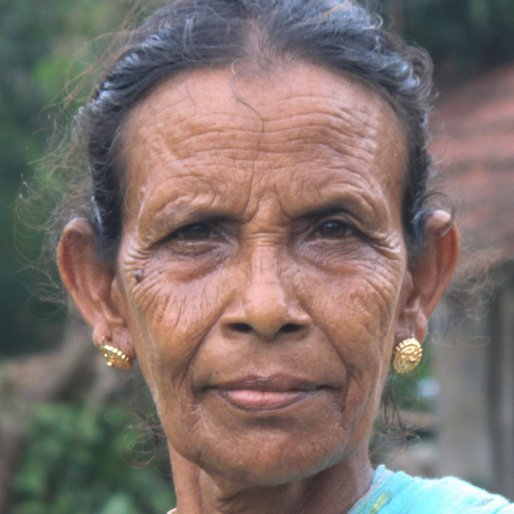 BAHARI PANJA is a Homemaker from Khosmura, Domjur, Howrah, West Bengal