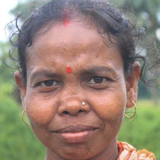 CHANDANA PANJA is a Homemaker from Khosmura, Domjur, Howrah, West Bengal