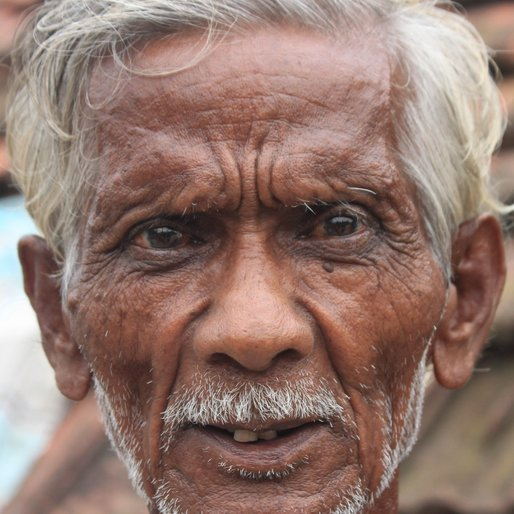 Anil Das is a Rickshaw puller from Mahespur, Uluberia-I, Howrah, West Bengal