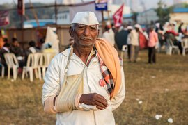 Jambhali farmer: Broken arm, unbroken spirit