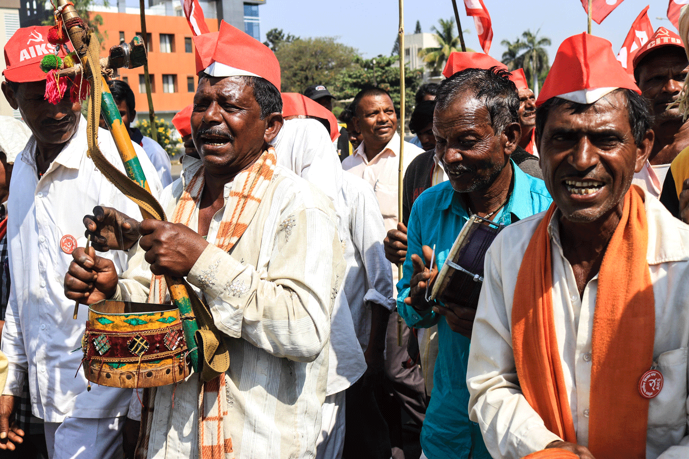 Gavit and Chavan, along with other farmers from Dindori taluka, are singing songs in praise of the farmers' protest