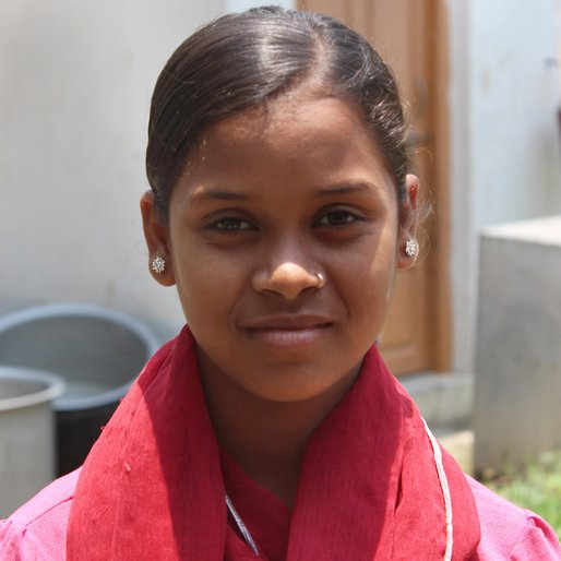 Mousumi Khatun is a Class 8 student from Ramchandrapur, Khargram, Murshidabad, West Bengal