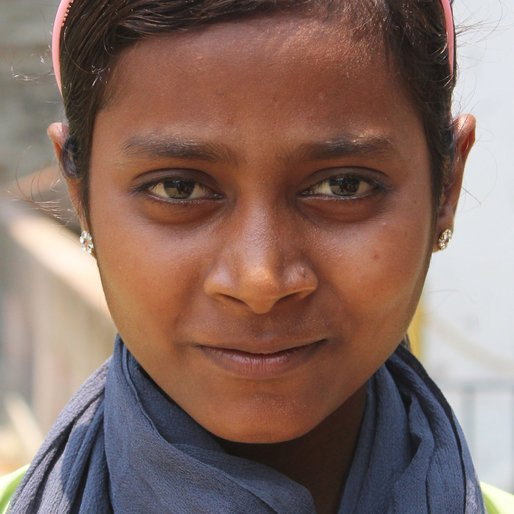 Seswul Khatun is a Class 7 student from Rahigram, Khargram, Murshidabad, West Bengal