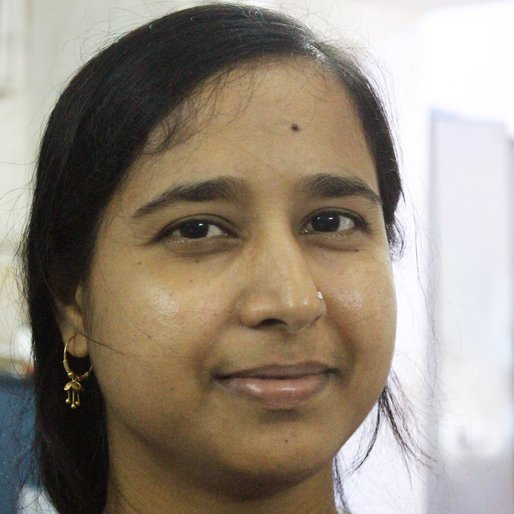 Ayesha Zulekha is a Works as a civic police volunteer from Kumipur Patharghata, Hariharpara, Murshidabad, West Bengal